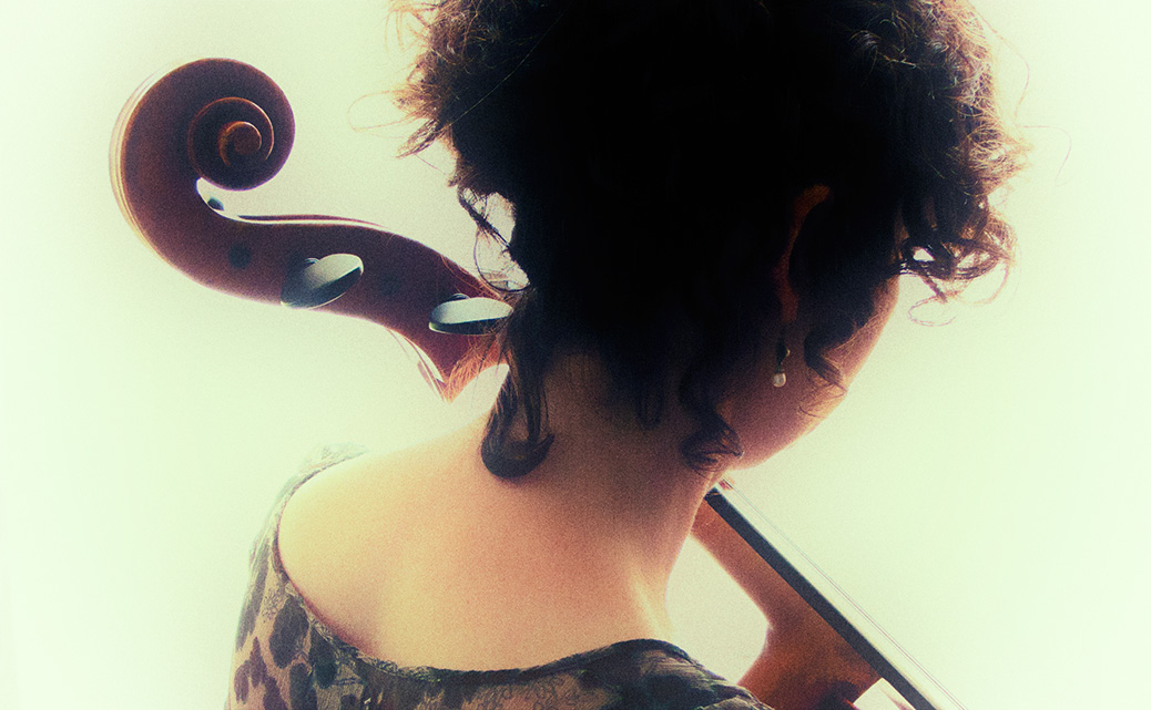 Celliste Mirjam Daalmans met cello