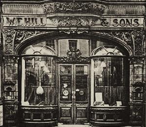 Winkelpui van W.E. Hill & Sons in Londen