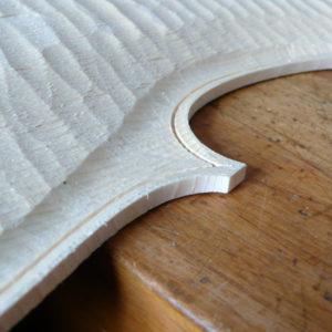 Voorbereiding frees sleuf inleg cello