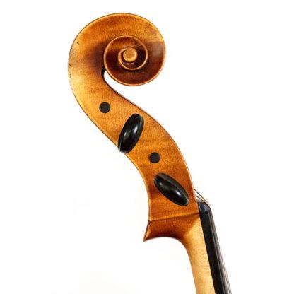 Cellokrul Anticky cello Praag Tsjechie Antique finish