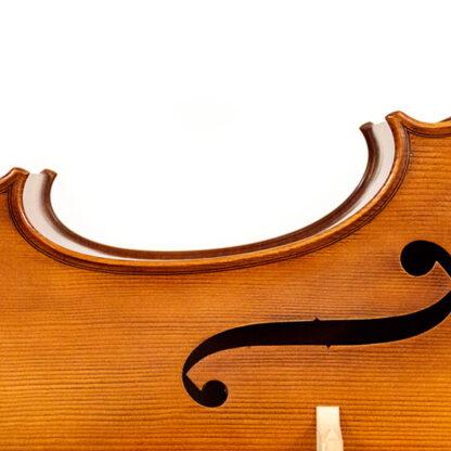 F-gat detail Anticky cello Praag Tsjechie Antique finish